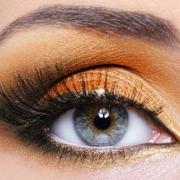 Макияж для голубых глаз, фото-урок