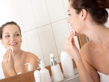 Как очистить кожу лица перед макияжем