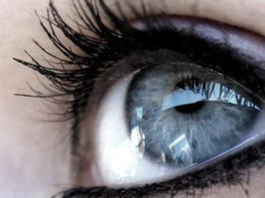 Макияж русые волосы серые глаза