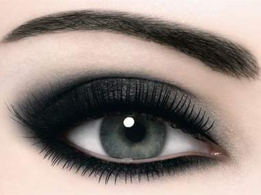 Как правильно нанести макияж глаз. Последние тенденции.