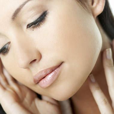 Маски для ухода за чувствительной кожей лица