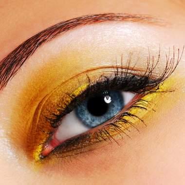 Свадебный макияж для синих глаз
