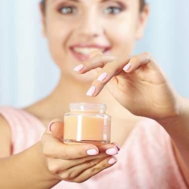 Витамин С в косметике – источник молодости