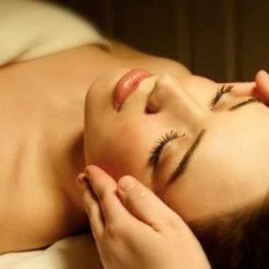 Звездные процедуры: от массажа лица до массажа интимных зон