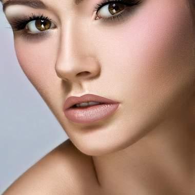 Волшебный свадебный макияж для чарующих зеленых глаз