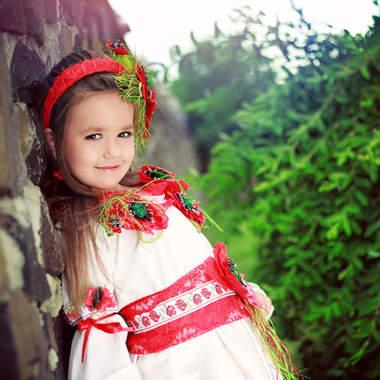 3 вида детского макияжа: главное, не переборщить с тональной пудрой