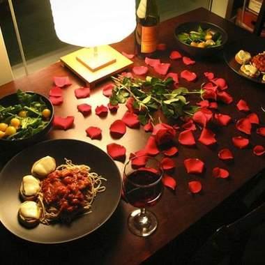 Романтический ужин в домашней обстановке