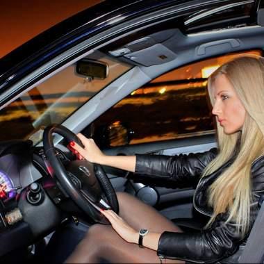 Нужна ли обязательно страховка КАСКО автоледи?