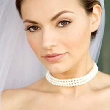 Скромность свадебного макияжа