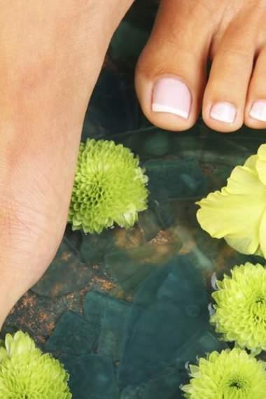 Пути избавления от потливости ног