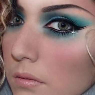 Уроки макияжа для голубых глаз